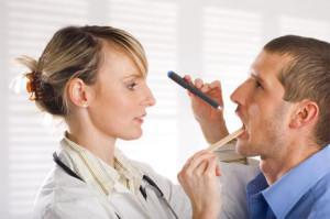 Сколько дней длится лечение стоматита, и может ли заболевание пройти через неделю?