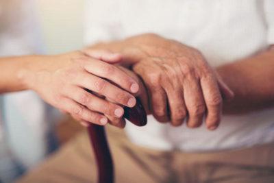 Как развивается болезнь Паркинсона