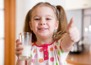 Почему от сладкого портятся зубы, как оно влияет на эмаль и вредит жевательным органам?
