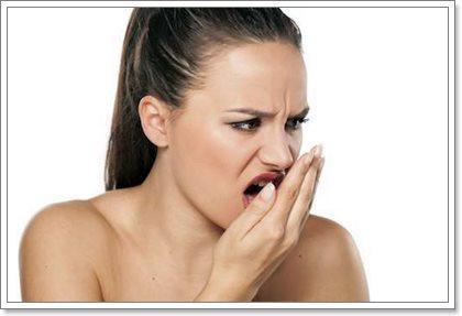 Как избавиться от неприятного запаха изо рта: доступные средства
