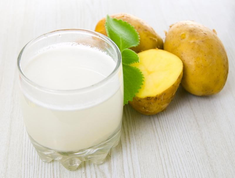 Картофельный сок при изжоге следует пить натощак