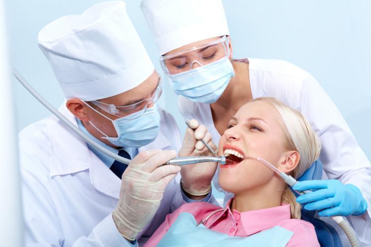 Можно ли при посещении стоматолога заразиться ВИЧ, СПИДом и другими заболеваниями, как происходит заражение?