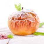 Некислое запеченное яблоко